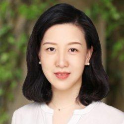Headshot of Tina Shi.