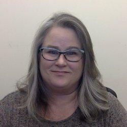 Headshot of Ronda Fenton.