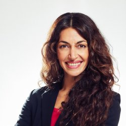 Niousha Roshani