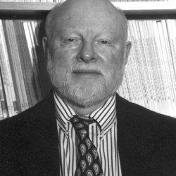 R McKinnon headshot