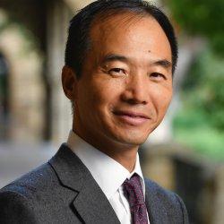 Head shot of Terry Hu