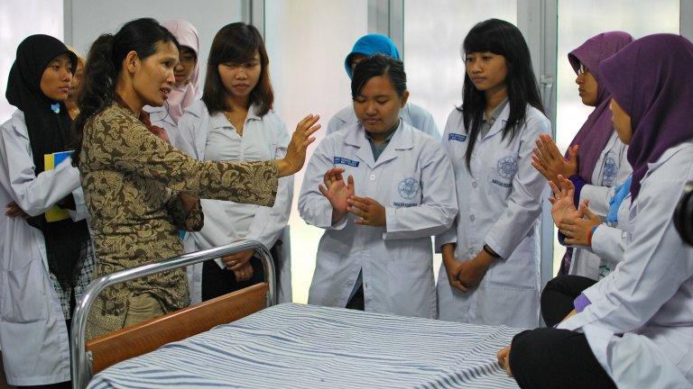 worldbank indonesia nurse training 2011