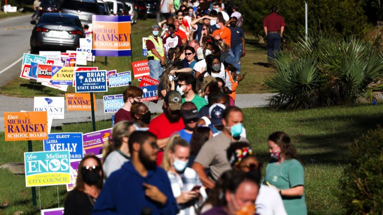 People waiting to vote in South Carolina
