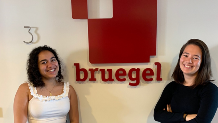 Students at Breugel