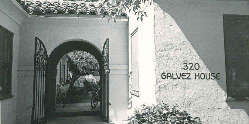 15 galvezhousefront