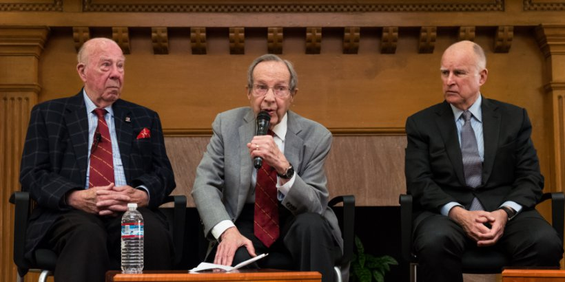 "Former U.S. Secretary of Defense William J. Perry (center) speaks at a press conference announcing the Bulletin of Atomic Scientists' latest ""doomsday clock"" estimates, as former U.S. Secretary of State George P. Shultz (left) and California Governor Jerr"
