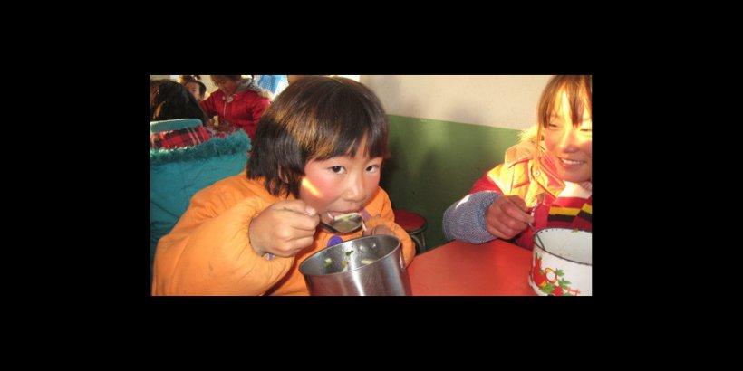 2314 small Girlinschoolcanteen 1