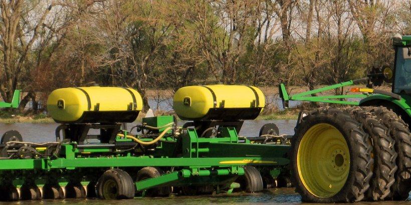 flooded tractor USDAgov hl