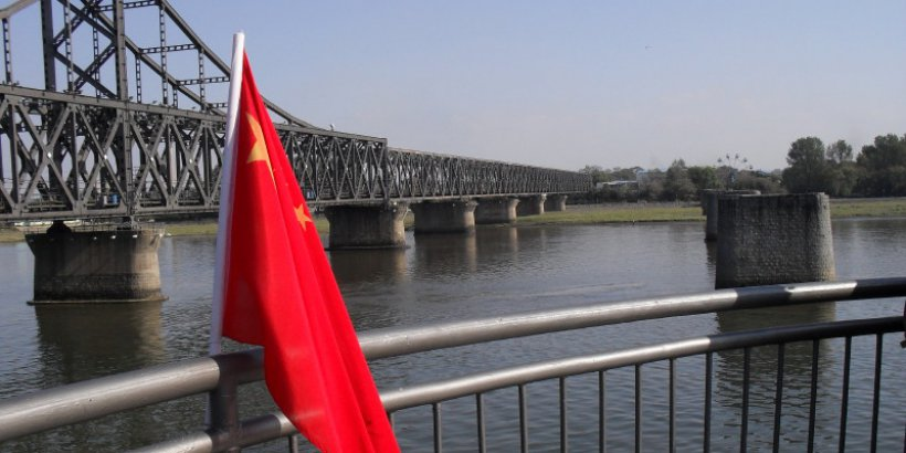 nkorea china border bridge