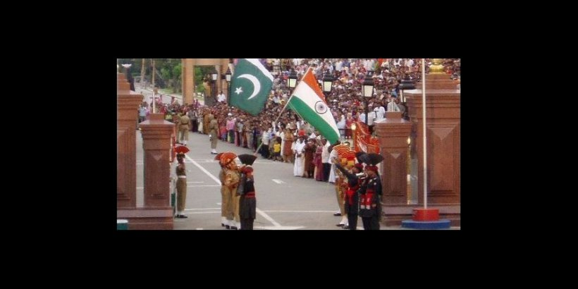 gate ceremony india pakistan border1