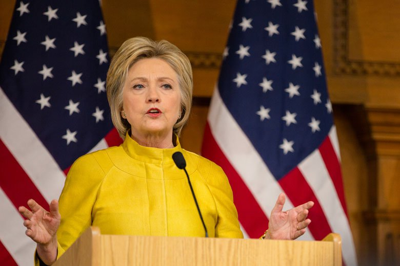 Former U.S. Secretary of State and presidential candidate Hillary Clinton delivers a foreign policy address at Stanford's Freeman Spogli Institute for International Studies on March 23, 2016.