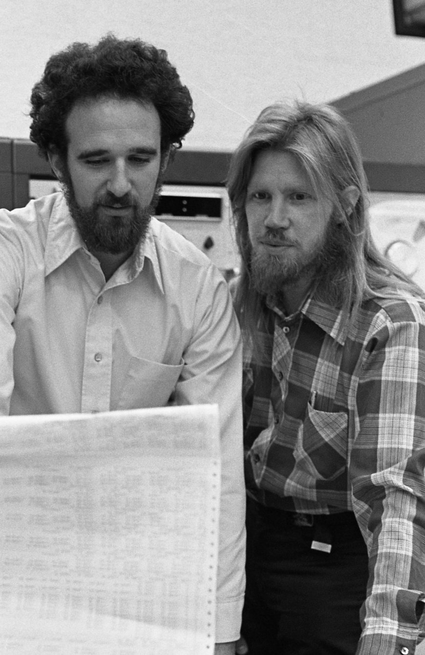 Martin Hellman (left) and Whitfield Diffie (right), winners of the 2015 Association for Computing Machinery's A.M. Turing Award, are shown in this 1977 photo.