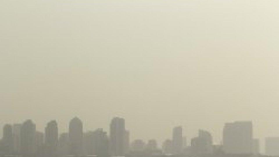 A brown, smokey skyline