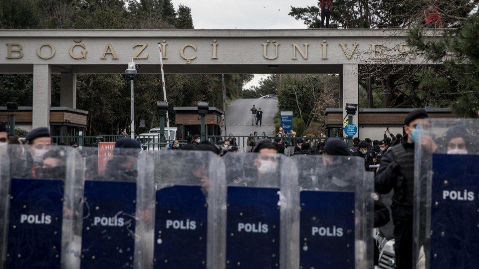 Police outside of Bogazici University