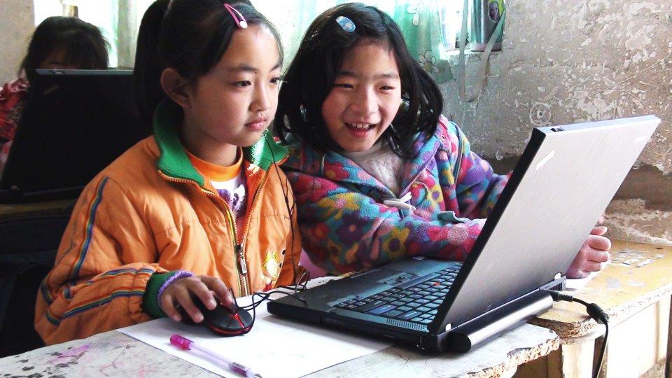 girls on computer edited