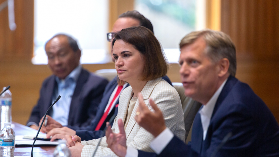 Sviatlana Tsikhanouskaya discusses the future of democracy in Belarus with a roundtable of Stanford scholars.