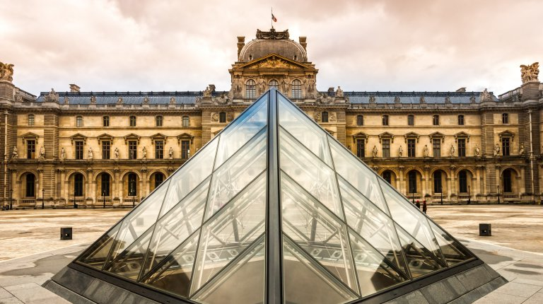 The Louvre Art Museum