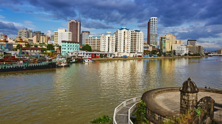 Philippines, Luzon island, Manila, general view from Intramuros, Pasig rive.