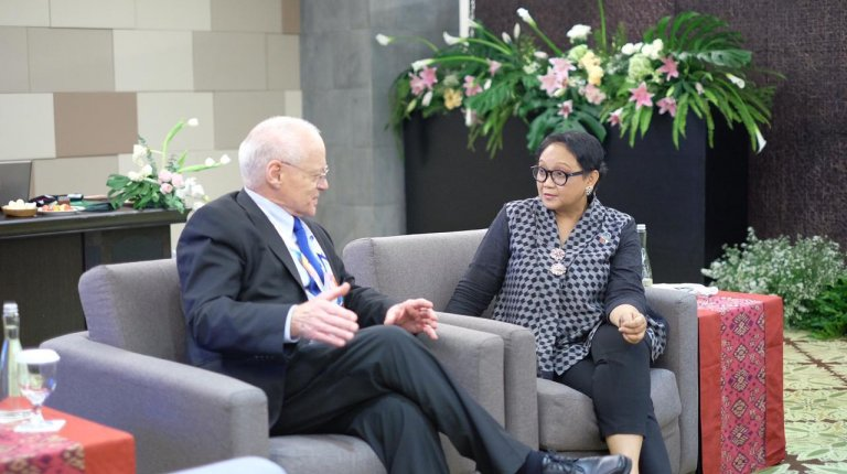 SeAP Director Donald K. Emmerson with Retno Marsudi, Indonesian Minister of Foreign Affairs