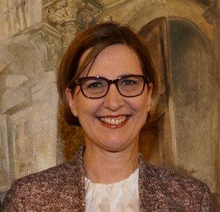 Sabine Ladstätter headshot