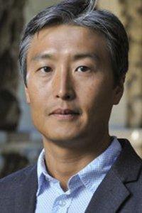 Yong Suk Lee