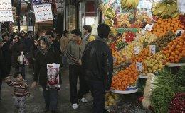 Iranians shop in a market in Tehran, Iran, in February 2007. Photo: Majid Saeedi - Getty Images