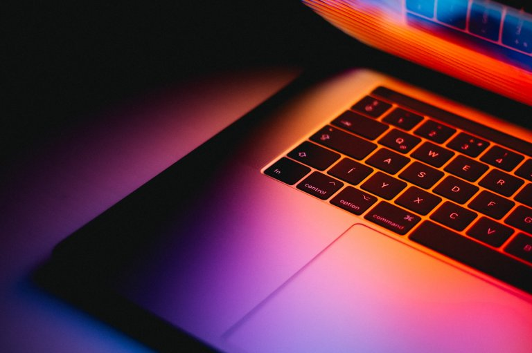 Laptop keyboard, Andras Vas Unsplash