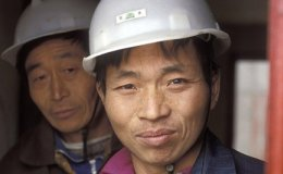 China ConstructionWorkers WorldBankPhotoCollectionCROPPED