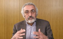 Dr. Abbas Milani explains the Iranian Revolution