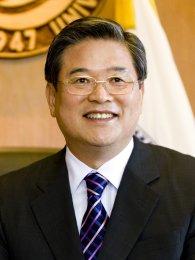 Tong Ki Woo