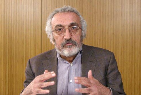 Dr. Abbas Milani explains the Iranian Revolution