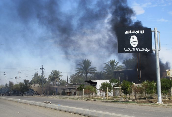 isis flag reuters rtr4fed5