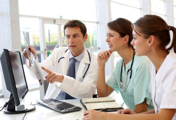 medical team 115791049