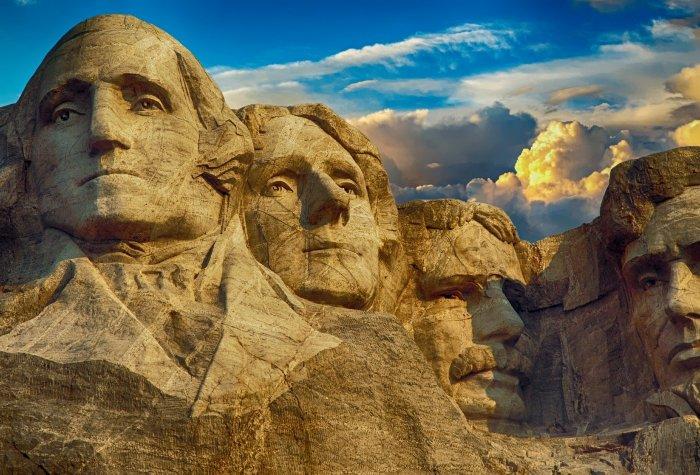 monument 2501317 1920 1