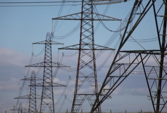 Power lines flickr Richard Carter scenery