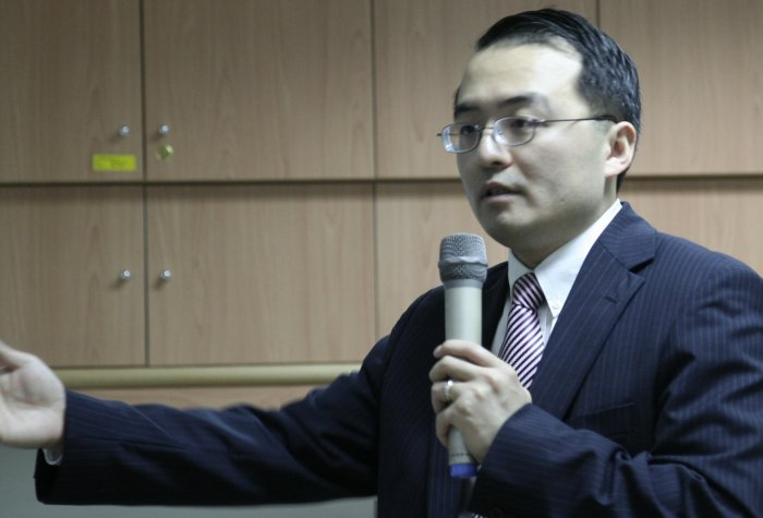 Wang Taiwan Lecture 4 cropped2