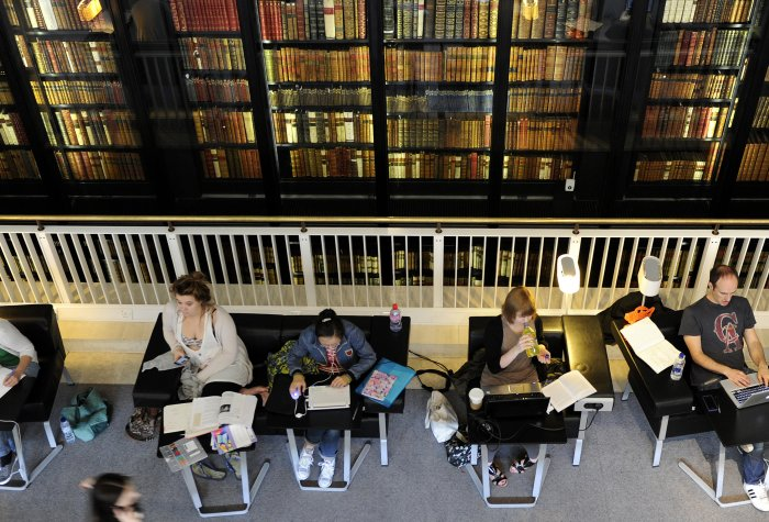 People study at British Library 6x3