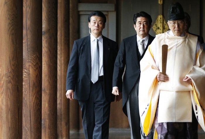 Yasukuni Shrine Abe Reuters Headline 3