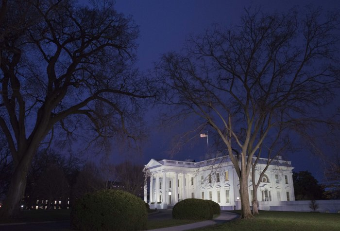 white house night gettyimages