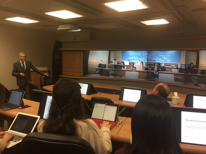 Alan Trager in Highly Immersive Classroom