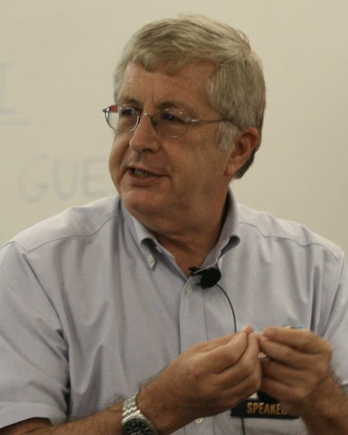 Photo of Barry Naughton giving a lecture.