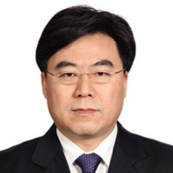 Liang Xiaofeng 4X4