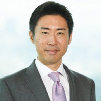 Aki Shiozaki Headshot