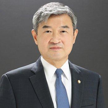 Taeyong Cho, Congressman and former National Security Adviser of South Korea.